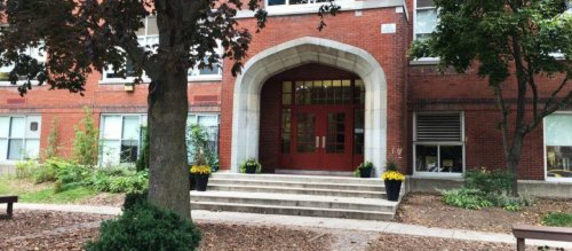 central-door